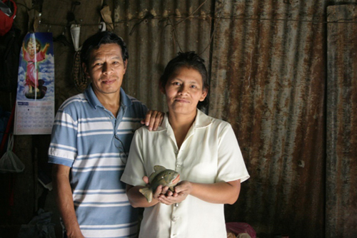 Felix and Everta Carballo, Nicaragua: Photograph courtesy of Ten Thousand Villages