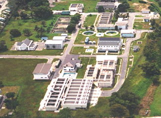 With the commissioning of the Ulu Pandan NEWater plant on 15 March 2007,: Industrial Water customers in Jurong and Tuas have since switched to using NEWater. Industrial Water is now only supplied to Jurong Island.  Photograph and text courtesy of PUB.
