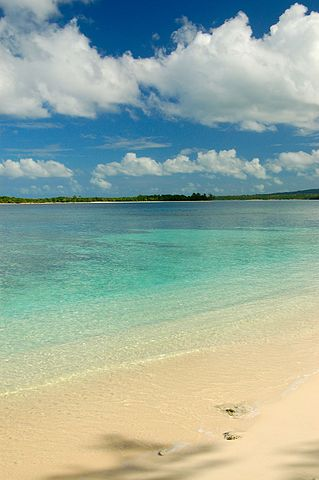 Eratap Beach, Vanuatu, 23 July 2011: Photograph by Niki Gango  courtesy of Wikipedia